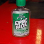 White Lightning Epic Ride Semi-Dry Chain Lube Front